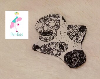 "6"" Thong Liner Skulls Jersey CSP Cloth pad (2"" snapped) thin discrete fleece back daily liner"