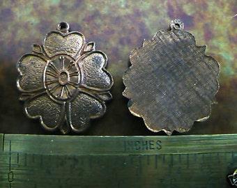 Vintage Brass Pendant, 1950s Flower Drop, Unplated Solid Die Cast Jewelry Findings 2 Vintage Gingerbread Brass C6