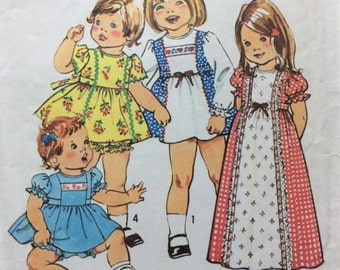 Toddlers' Dress Pattern Dress in Two Lengths and Panties Retro Dress Pattern Simplicity Pattern 7154 Size 1/2 Breast 19""