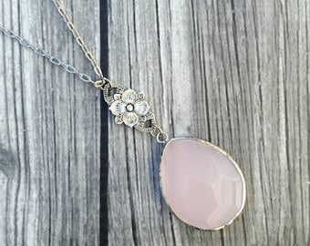 Blush pink rose quartz pendant necklace, silver delicate chain, simple necklace, floral accent, everyday chic necklace, feminine necklace