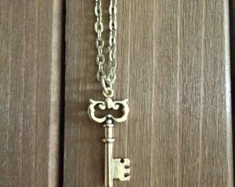Antique Gold Key Necklace