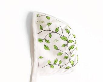 Garden Vine Bonnet