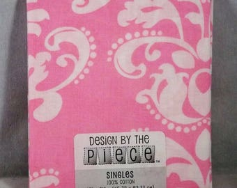 Pink & White Fat Quarter - #117 - Design by the Piece