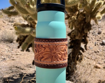Turquiose water canteen and wrap