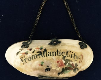 Victorian Oyster Shell Coin Purse