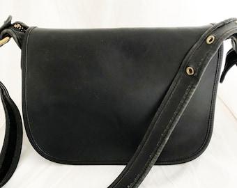 Purse- Black coach leather Patricia messenger crossbody travel satchel 9951