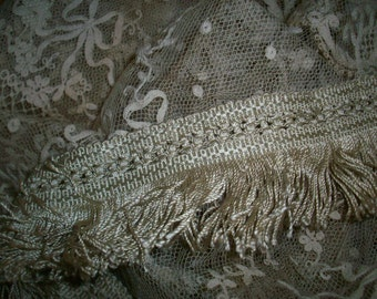 1 yard of rare victorian silk fringe in an oatmeal color