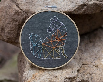 Embroidery Hoop Art - Geometric wall art - Mothers day gift - Hand embroidery - Modern Wall art - Hand embroidery - Minimalist art.