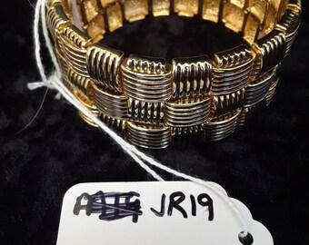 Joan rivers woven brass stretch bracelet