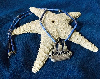 Boat Necklace