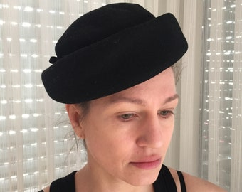 50s 60s Pillbox Hat black felt