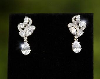 Crystal Bridal Earrings, Rhinestone Bling Earrings, Silver Rhinestone Earrings, Art Deco Earrings, Rhinestone Drop Earrings- SIA