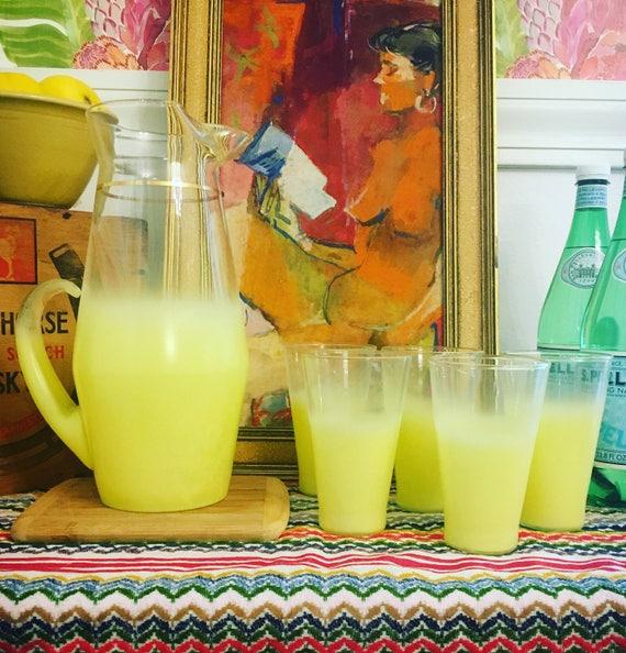 Vintage Mid-Century 1950s Yellow Ombre Glass Lemonade Pitcher Set with Five Glasses - Mid-Century Glassware - Vintage Lemonade Set