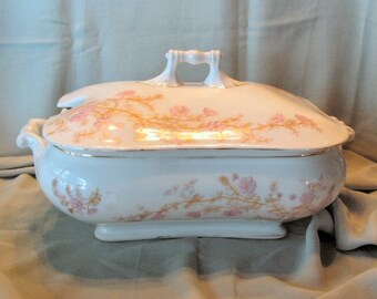 Antique Marx Gutherz Carlsbad ironstone soup tureen