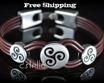 Fathers day gifts, Triskele bracelet, Triskelion bracelet, Celtic jewelry, Anniversary gifts - Custom made jewelry, Black, Brown cuff
