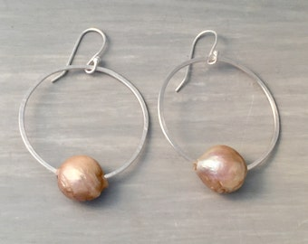 Hammered silver with Large Keishi pearl