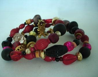 Memory - Wire Bracelets - Glass & Acrylic Beads -  Shapes - Red, Black, Purple, Golden - Adjustable - One Size - Gift Idea- Multicolored