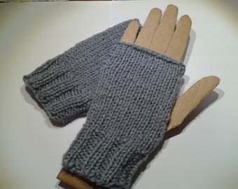 Gray fingerless gloves one size