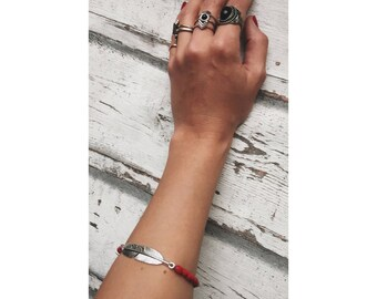Boho bracelet with small wooden beads, red, feather, Bohochic, Gypsy bracelet, bead