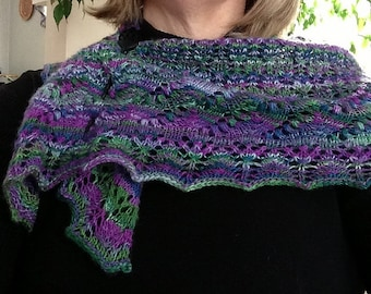 Lace Shawlette Hand Spun/Hand Knit