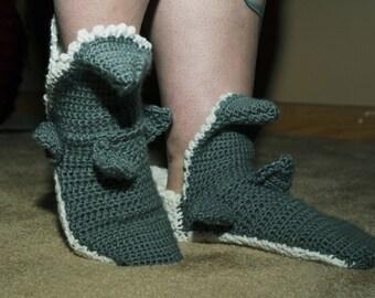 Men's crochet shark socks