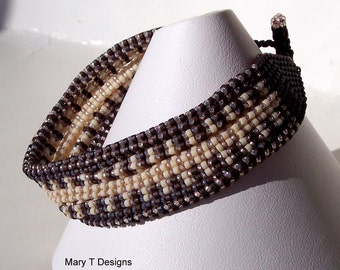 A Nest for Your Wrist ... Brown and Tan Beadwoven Bracelet