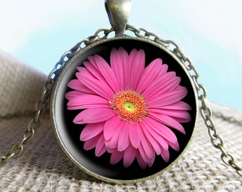 Pink Daisy Pendant/Necklace Jewelry, flower Necklace Jewelry, flower Photo Jewelry Glass Pendant Gift