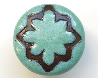 Cabinet knobs , 1in , Turquoise and Brown Geo Star