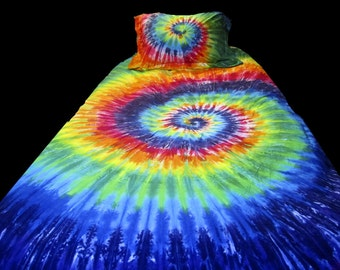 Queen Duvet Cover with Two Matching Pillow Shams Colorful Tie Dyed Bedding Set Beautiful Rainbow Spiral Duvet Cover