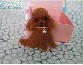Poodle/Felt brooch/Accessories/Needle felted animal/Miniature/Poodle jewelry/ Miniature animal/ Poodle pin