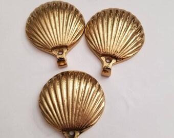 Brass Shell hooks