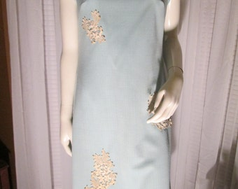 1960's Ladies Baby Blue Polyester SHIFT/DRESS with Needlepoint Appliques by R&K Knits