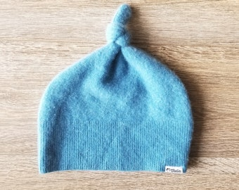 Best Cashmere Beanie // Available in Baby and Kid sizes // Dusty Blue // Upcycled Cashmere sweater // Kid Beanie // Knotted Beanie