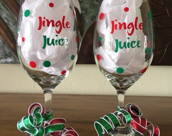 Set of two personalized holiday wine glasses