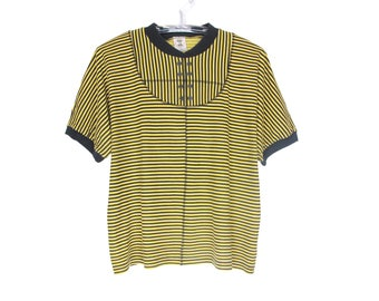 80's vintage yellow and black striped t-shir, ribbing, short sleeve, loose fit, jersey, mix match with a skirt