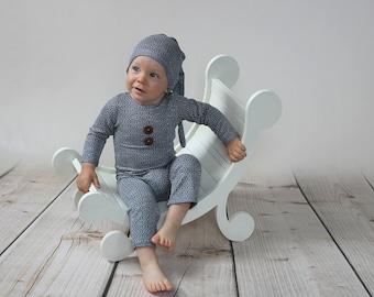 Posing bench, newborn props,  seat prop ,posing bench, newborn posing bench baby photo prop, newborn photo prop, newborn prop bench