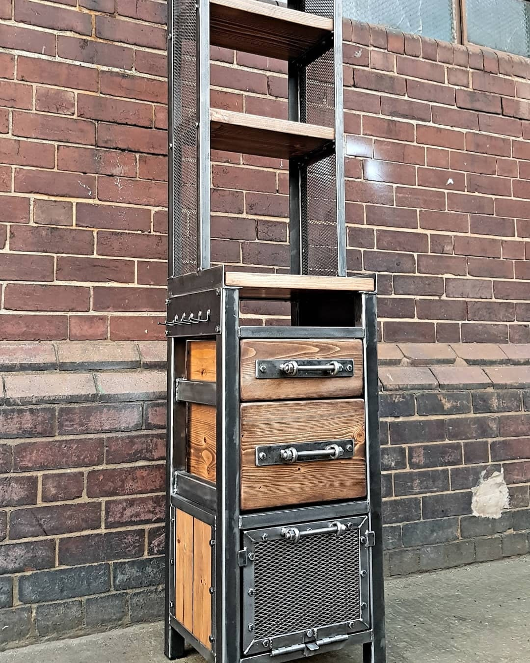 Industrial Style Hairdresser Barber Beauty Storage Trolley Tall Shelving Unit