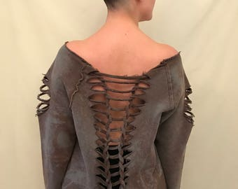 Post-apocalyptic Shirt bleached braided cut