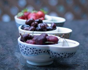 Bol à noyaux / Olive serving dish whit pit holder