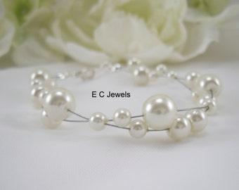 Clustered Floating Pearls Bracelet