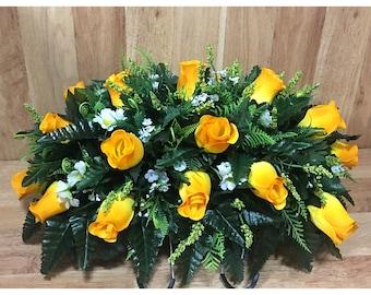 Headstone saddle cemetery flowers saddle grave decoration flowers headstone flowers for grave Spring grave flowers memorial arrangement