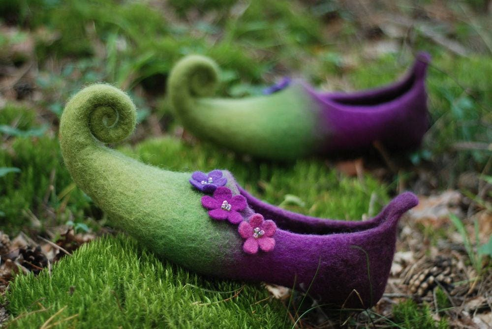 Fairy wedding shoes, woodland shoes felted home slippers, festival shoes, fairy theme green shoes, HANDMADE TO ORDER
