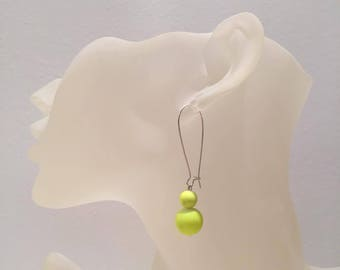 Dangle earrings 2 neon yellow