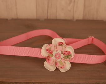Her band small pink Tea Party 2 flowers and a small white/pink flower for Kids
