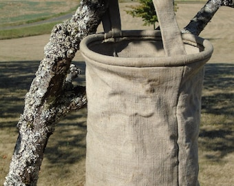 French antique collapsible, military canvas bucket/sack.  With carrying handle.  Stamped on base 1947.  Strong and sturdy.