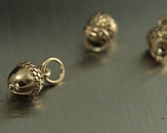 Bronze Tiny Acorn Charm--Teeny Acorn--Bronze Acorn Pendant--Tiny Nut Charm--Dimensional Acorn--3D Acorn--Little Acorn--Woodland Charm