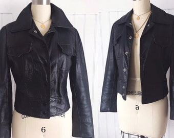 Vintage womens 70's navy blue grey leather motorcycle fitted cropped jacket