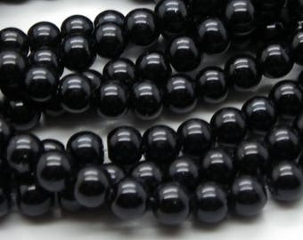 100 8 mm glass beads 8 mm a beautiful shiny black