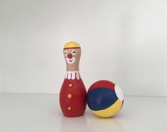 Wooden clown bowling set (2 items)
