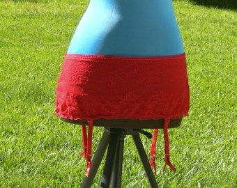red  garter x large